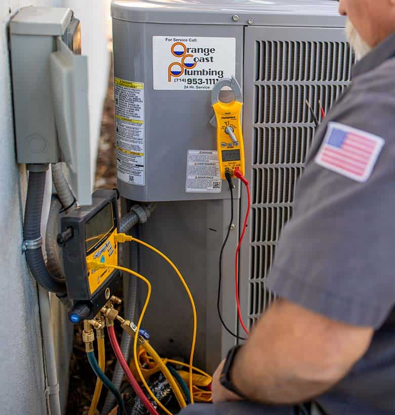 heat pump device checking for errors
